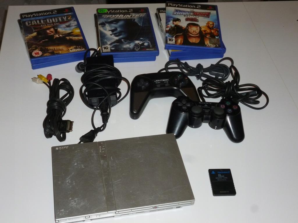 Konsola Sony PS2 70004 srebrna 7 gier 2 pady