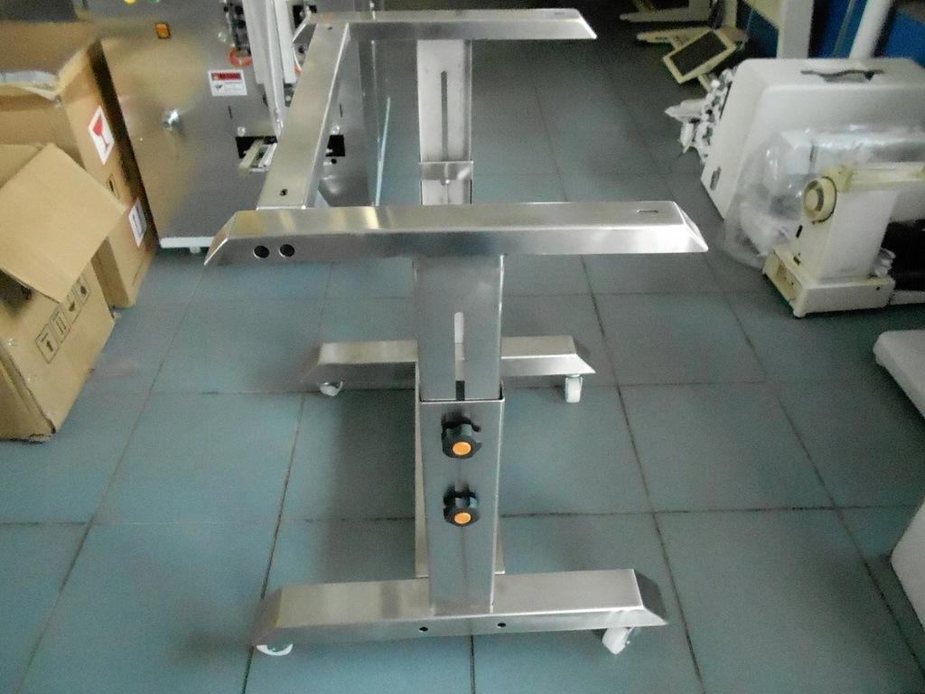 Stelaż na kółkach do zgrzewarek FR-900/FRD S/S