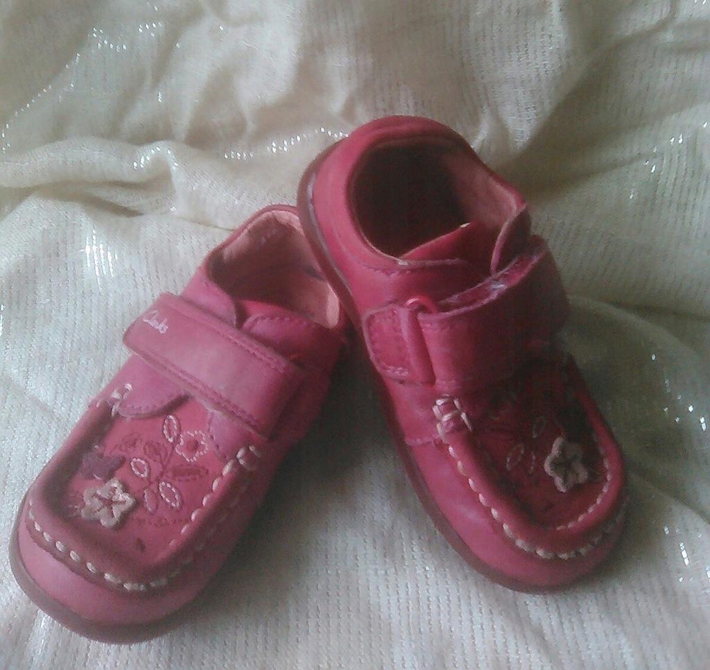 Clarks first shoes skórzane buciki 4-5 wkład 13