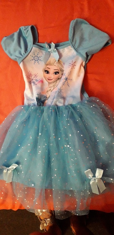 sukienki Elsa 104