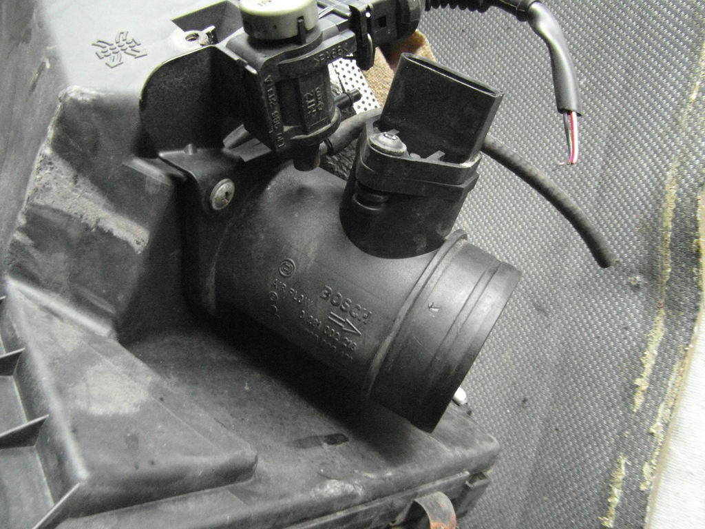 VW Passat B5 1.9 TDI przepływomierz 0281002216