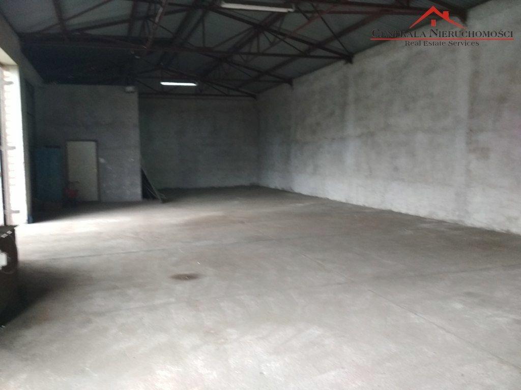 Komercyjne, Siemoń, Zławieś Wielka (gm.), 455 m²