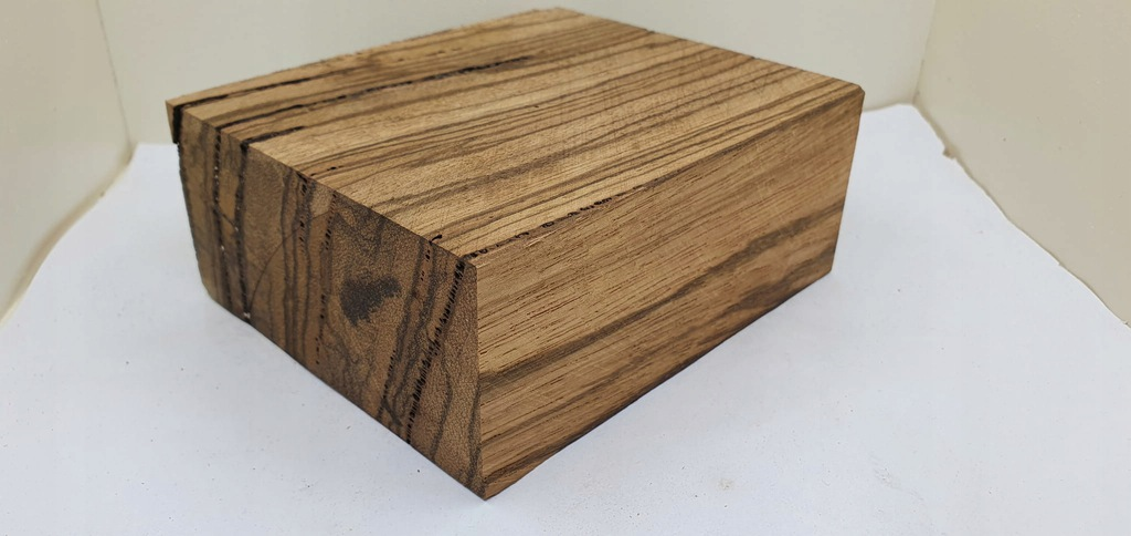 (848) drewno ZEBRANO - bloczek
