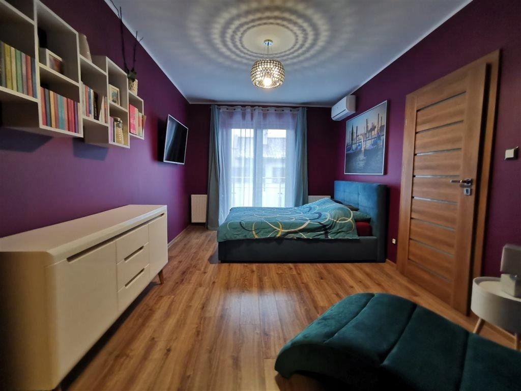 Dom, Oleśnica, Oleśnicki (pow.), 172 m²