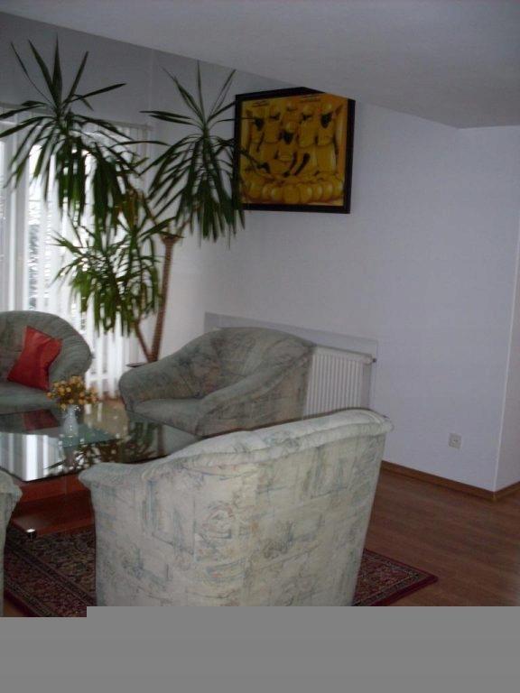 Dom, Wałbrzych, Biały Kamień, 300 m²