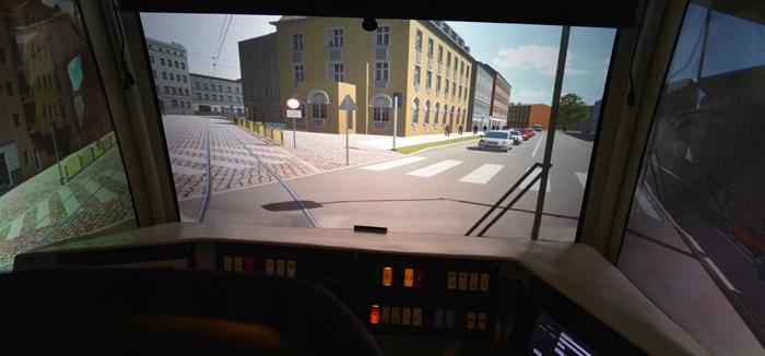 Poczuj się jak motorniczy! Symulator tramwaju NGT6
