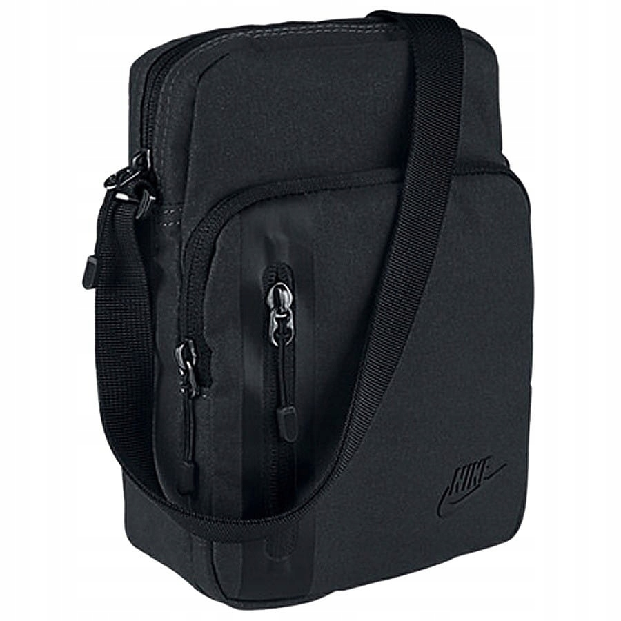 Saszetka Nike Core Small Items 3.0 BA5268 010