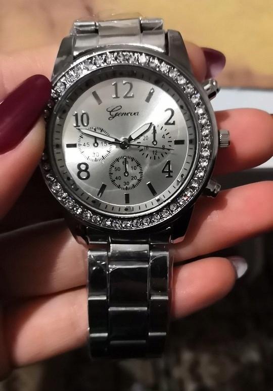 Elegancji zegarek damski GENEVA - cyrkonie