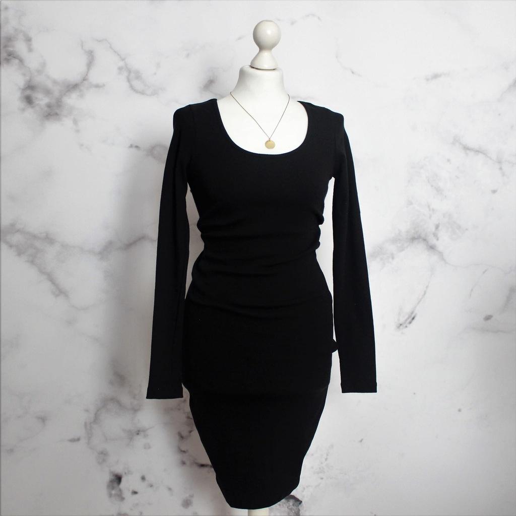 czarna prążkowana sukienka z dekoltem XL