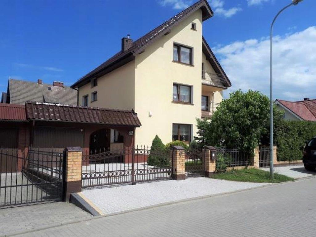 Dom Kołobrzeg, kołobrzeski, 258,25 m²
