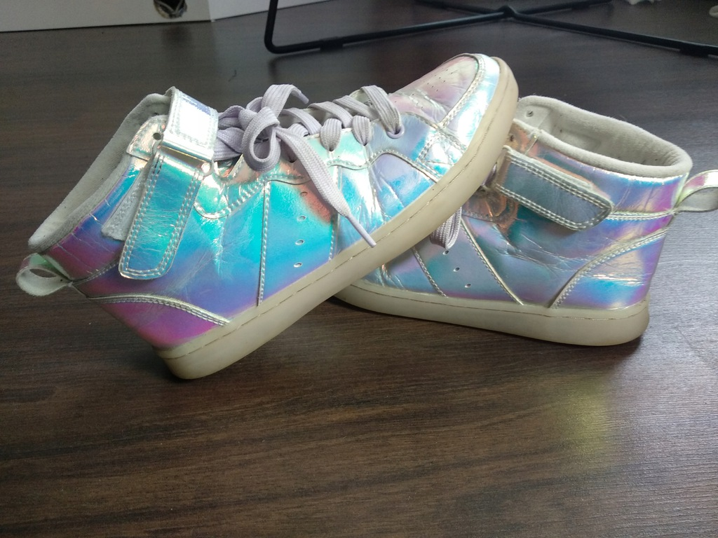 Buty Adidas holo holograficzne świecąca podeszwa