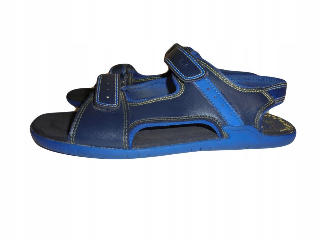Skórzane sandałki Clarks. Stan idealny. Rozmiar 39