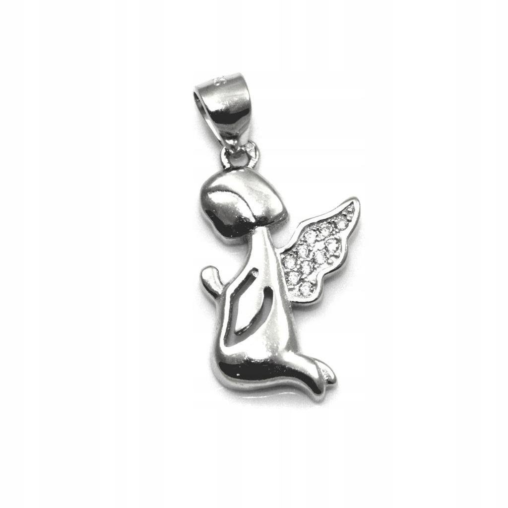 Wisiorek srebrny rodowany aniołek z cyrkoniami