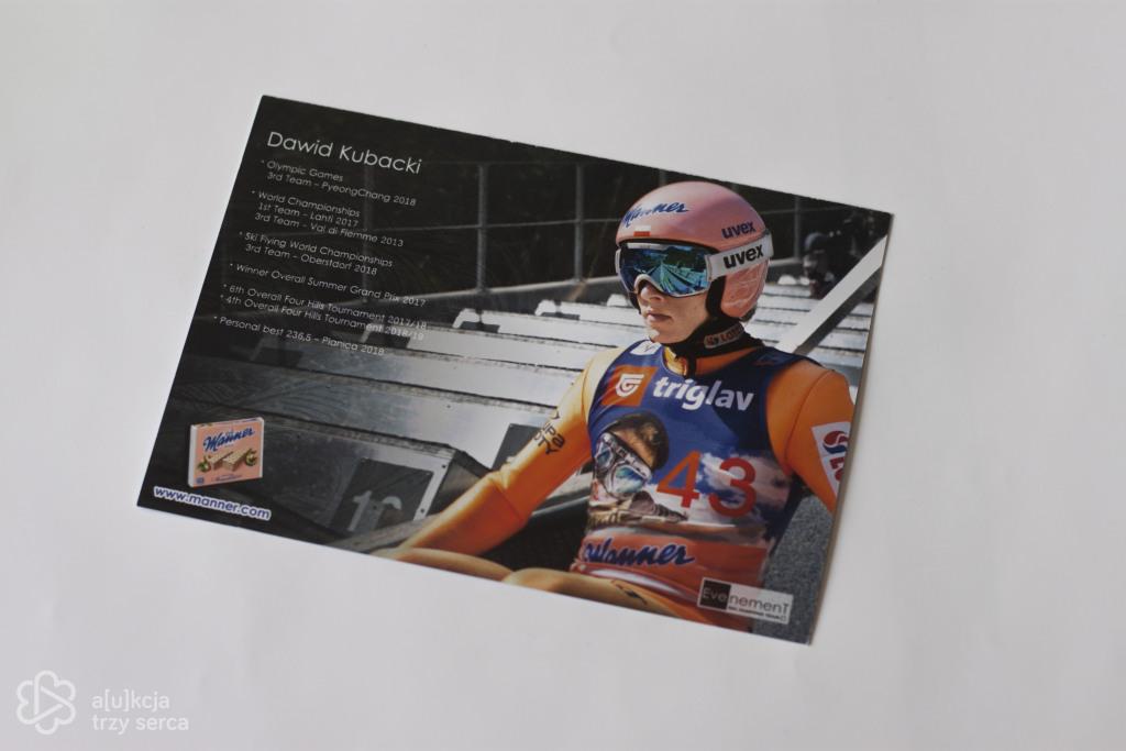 Zdjęcie Dawida Kubackiego z autografem