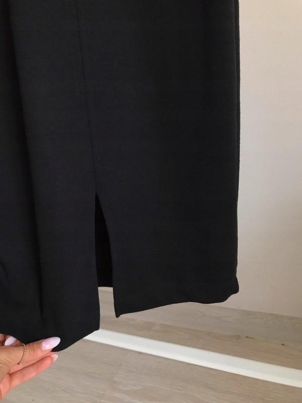 czarna dopasowana sukienka na ramiączkach zara 7659427692