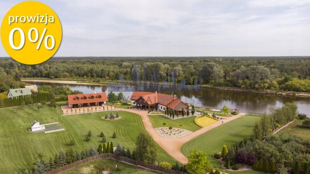 Dom, Różan, Różan (gm.), Makowski (pow.), 970 m²