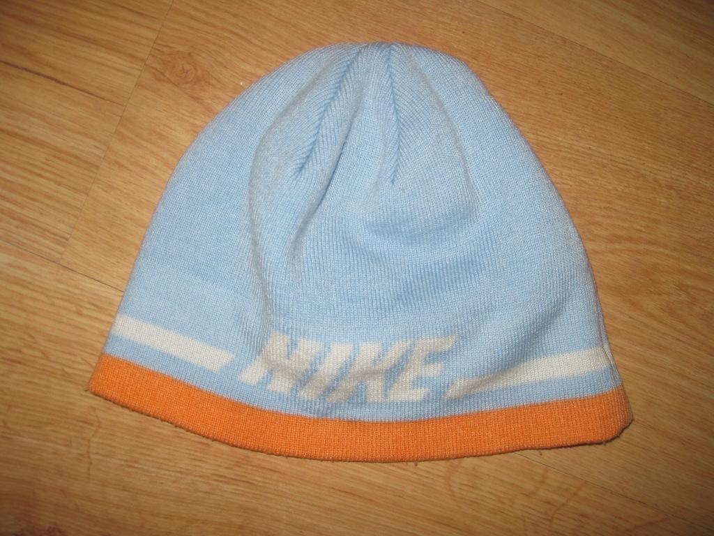 NIKE czapka 146-158 cm 10-14 lat