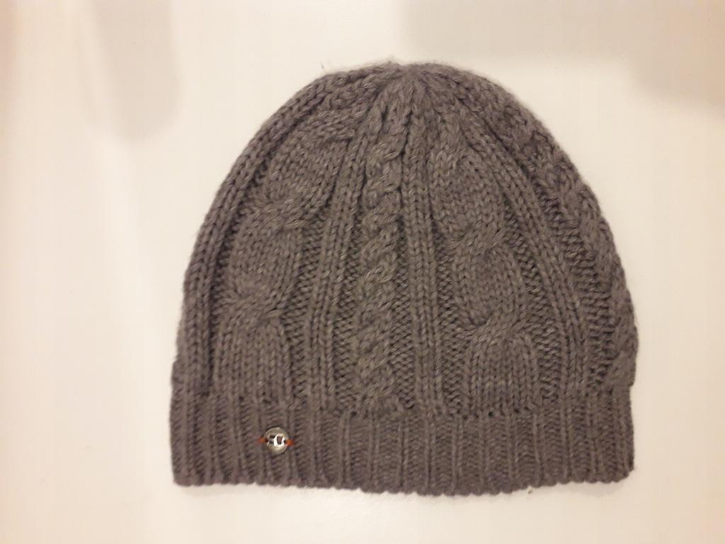 Hugo Boss szara zimowa czapka pleciona