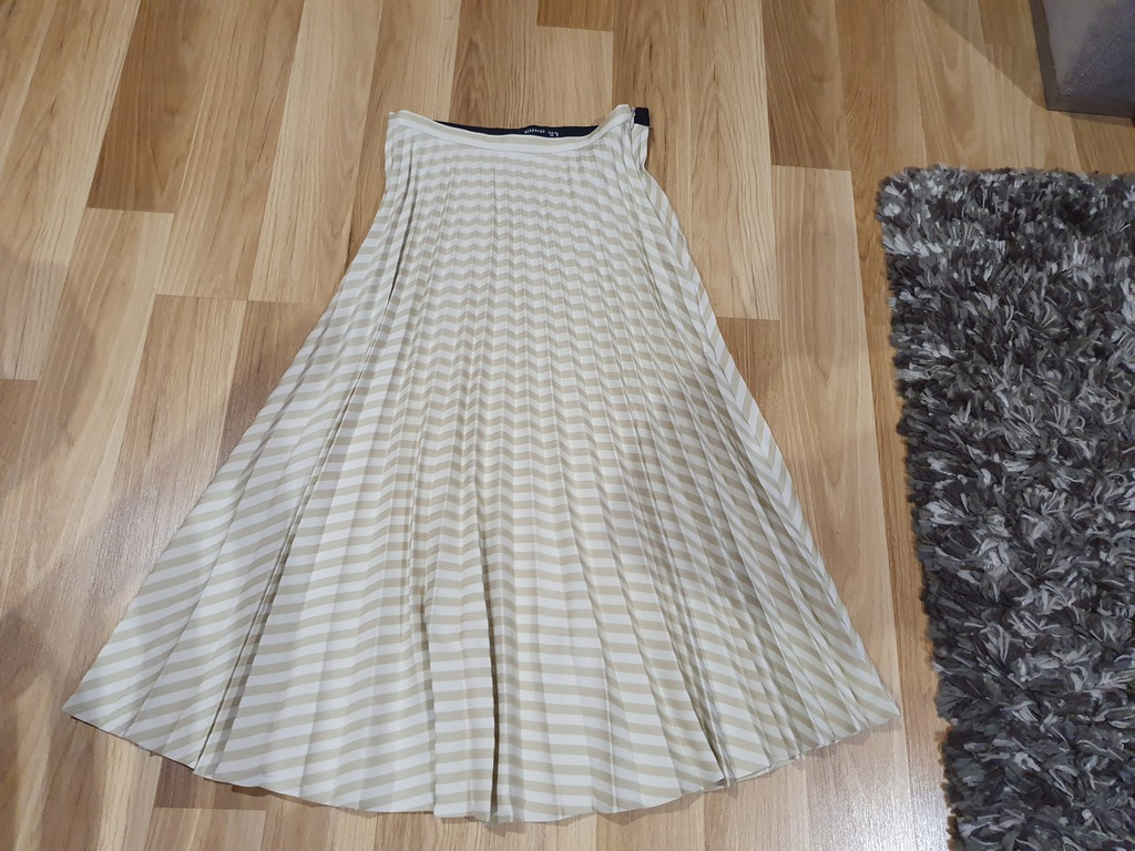 Reserved xs spódnica plisowana beżowa plus top s