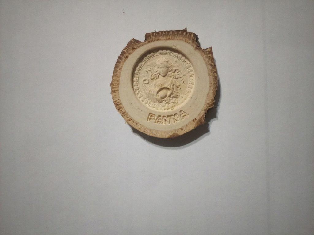 Znak Zodiaku Panna Płaskorzeźba Drewno Naturalne