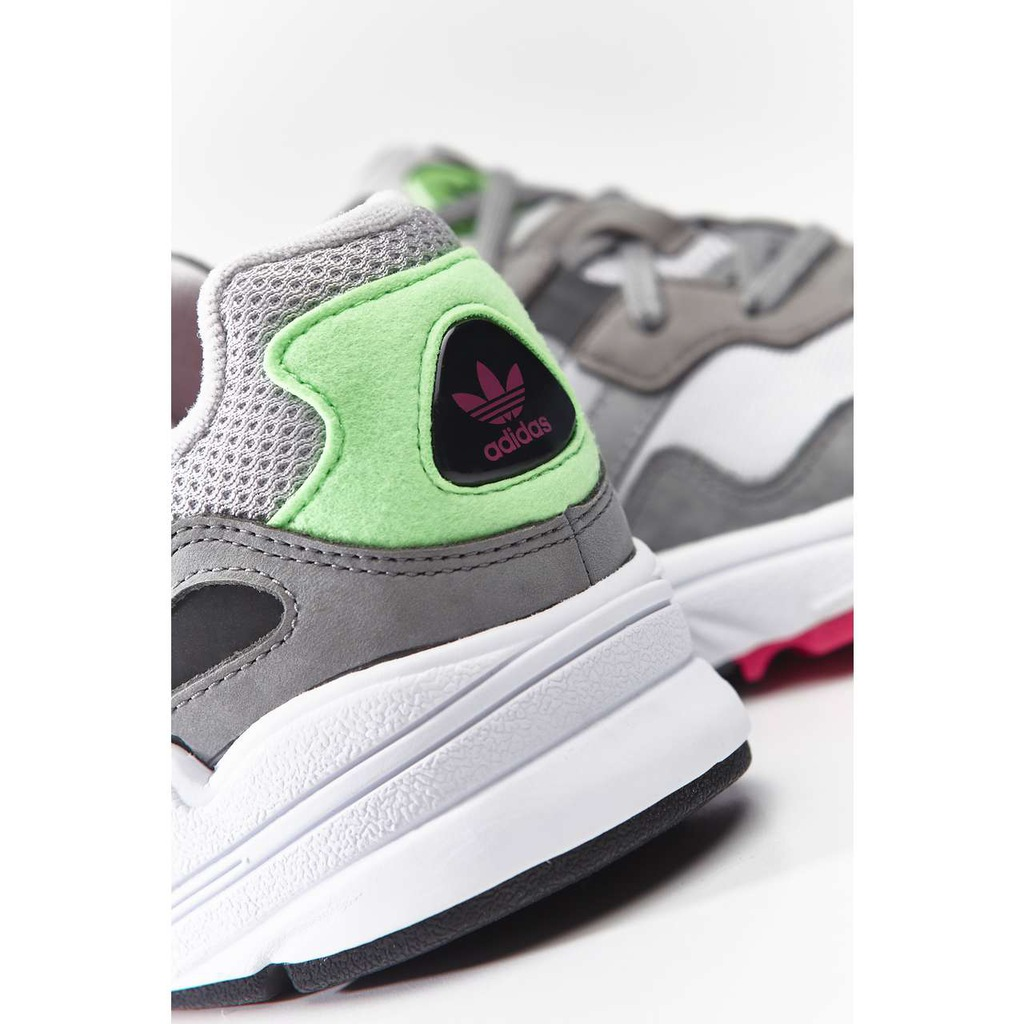 adidas YUNG 96 J 802 GREY TWO GREY THREE SHOCK PINK 40