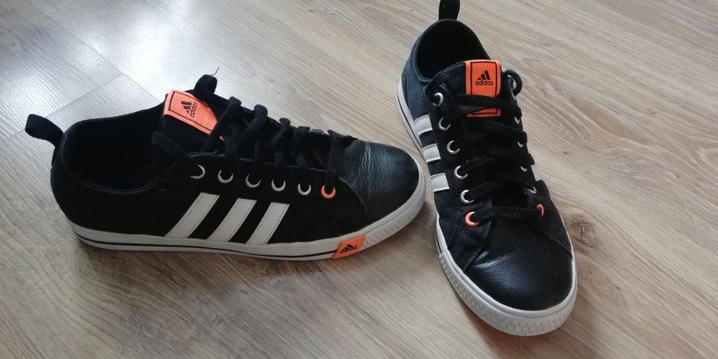 Świetne trampki Adidas 411/3