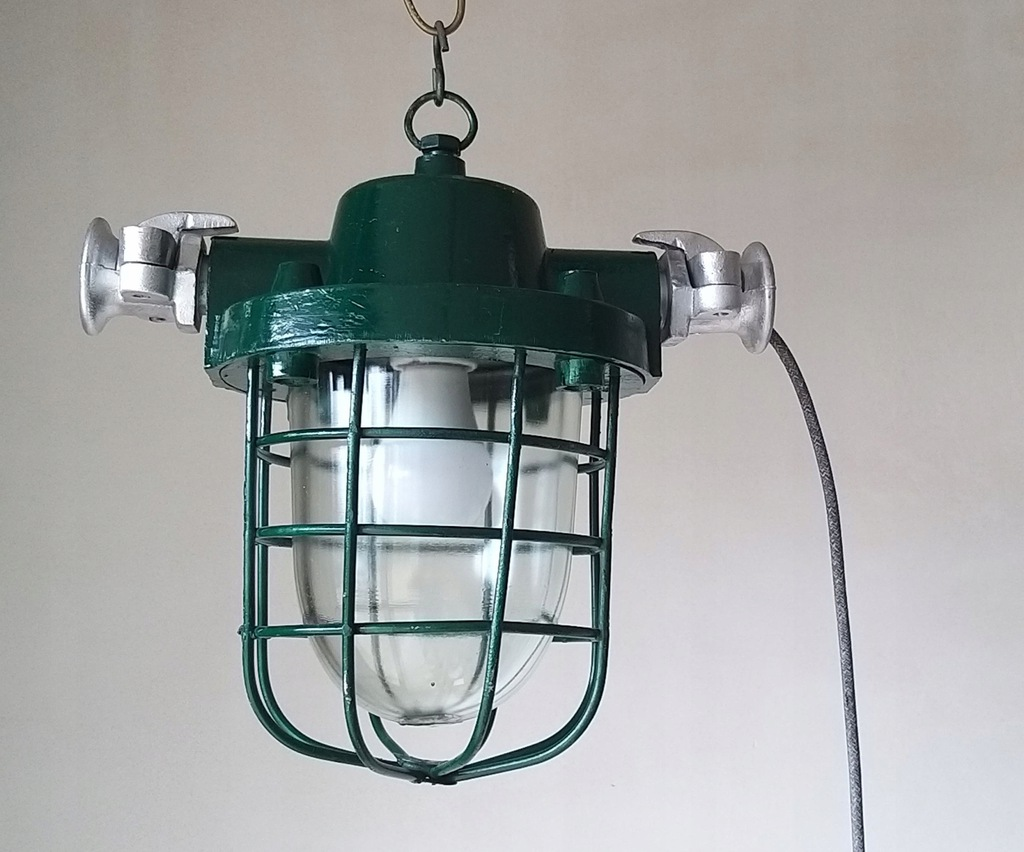 Lampa przemysłowa