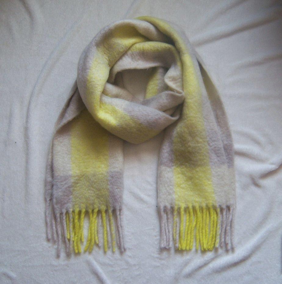 Szalik żółto-szare bloki wełna frędzle H&M