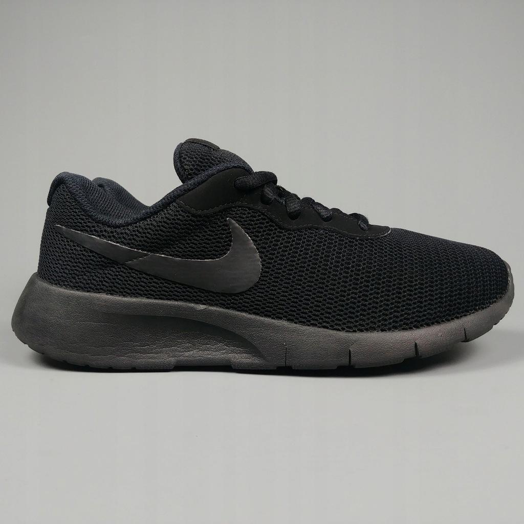 23. Oryginalne Nike Tanjun 38,5 lekkie adidasy czarne