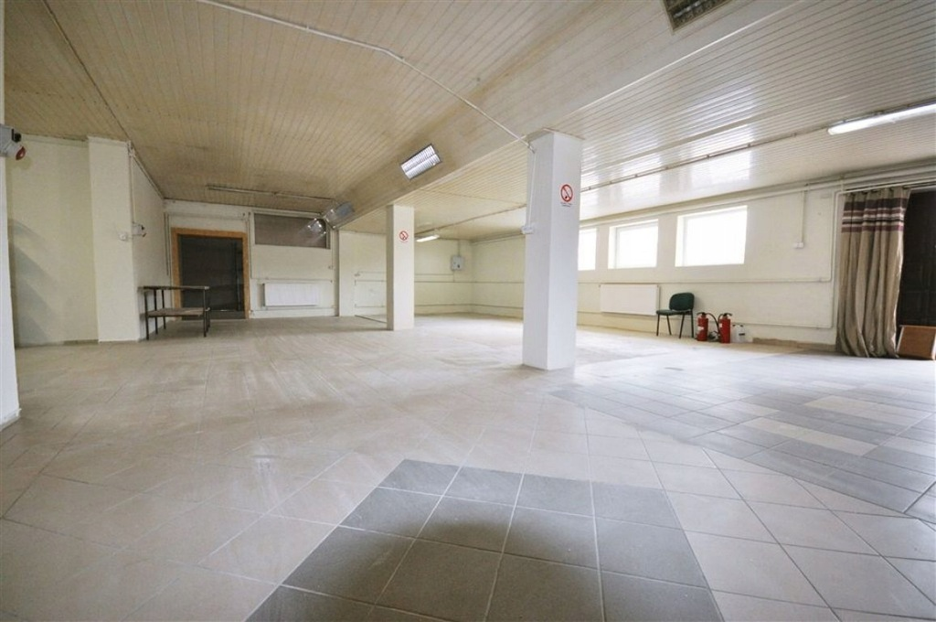 magazyn Sieradz, sieradzki, 255,00 m²