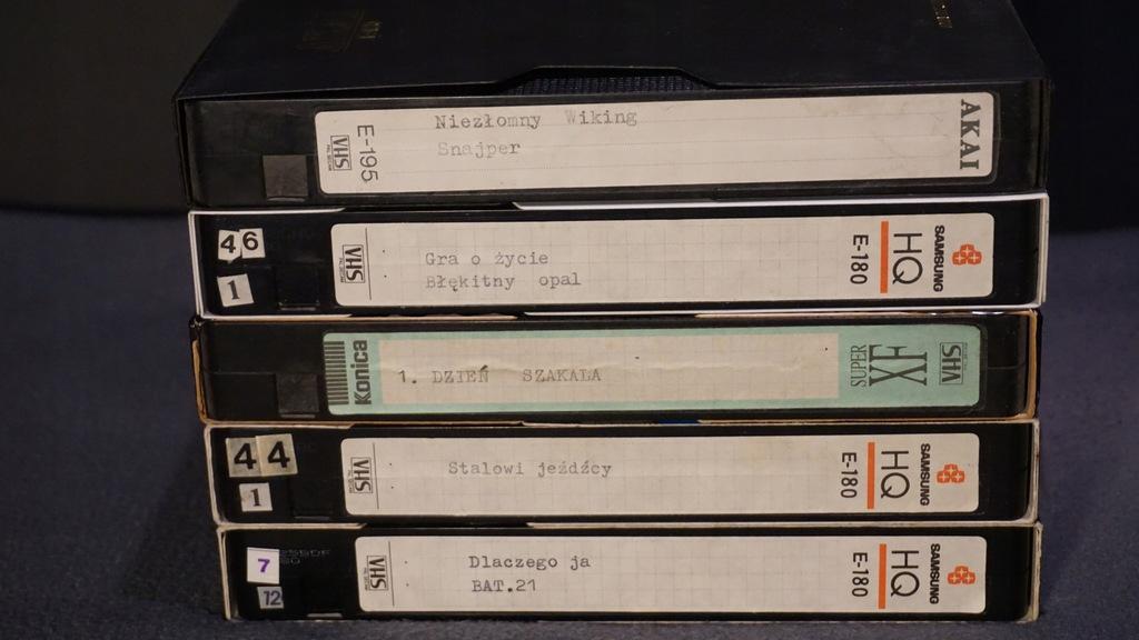 Zestaw kaset VHS Lektor B09