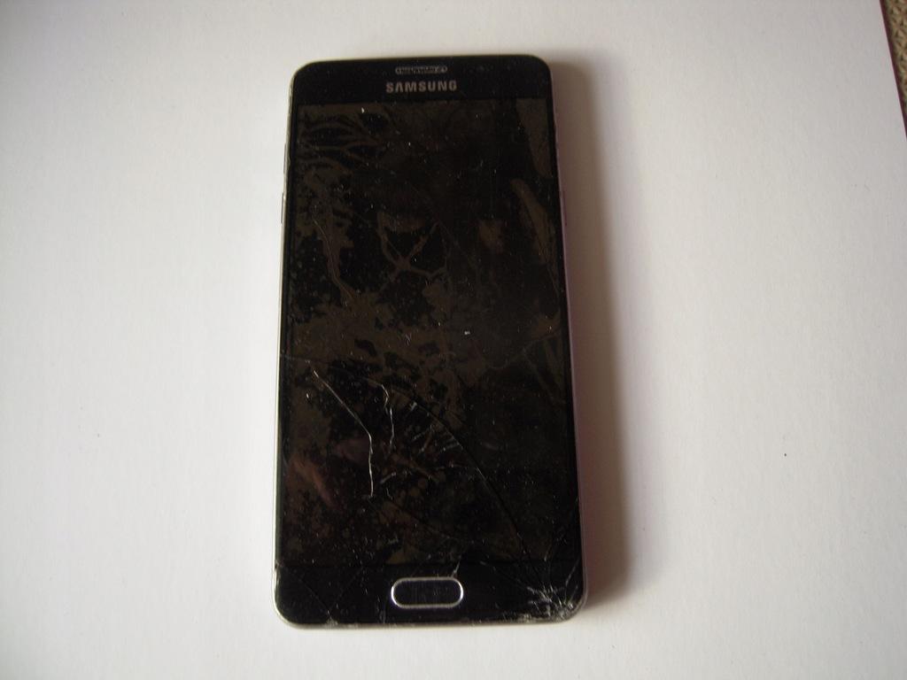 Smartfon Samsung Galaxy A5 (2016) 2/16 GB czarny