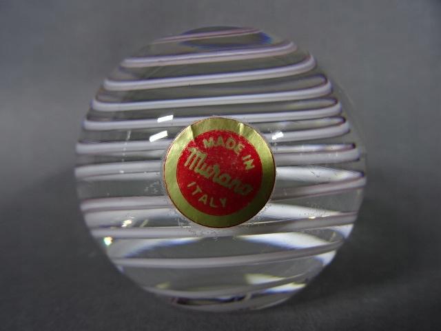 Szklany przycisk do papieru Murano Włochy