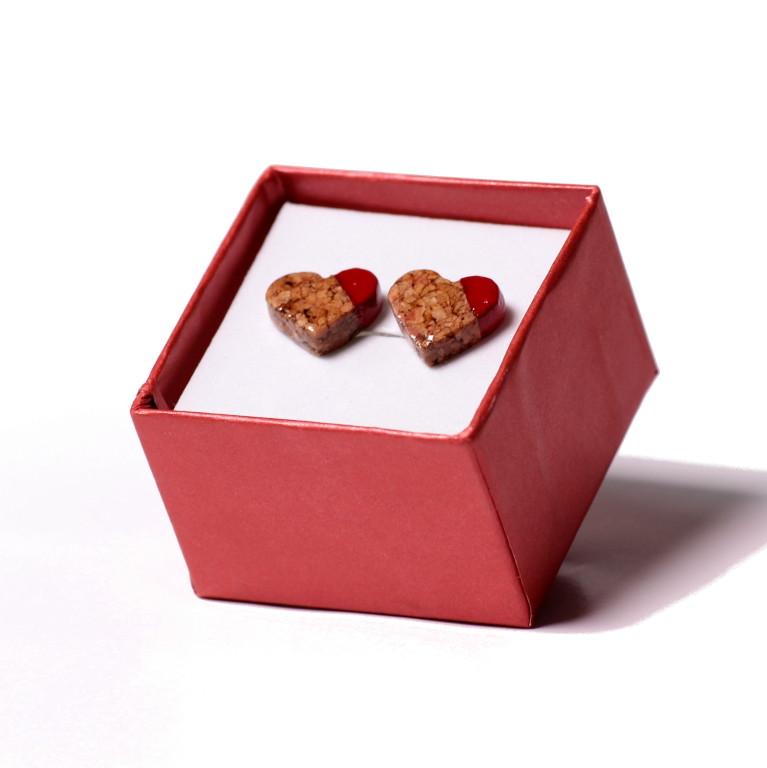 Serca in Red - kolczyki korkowe