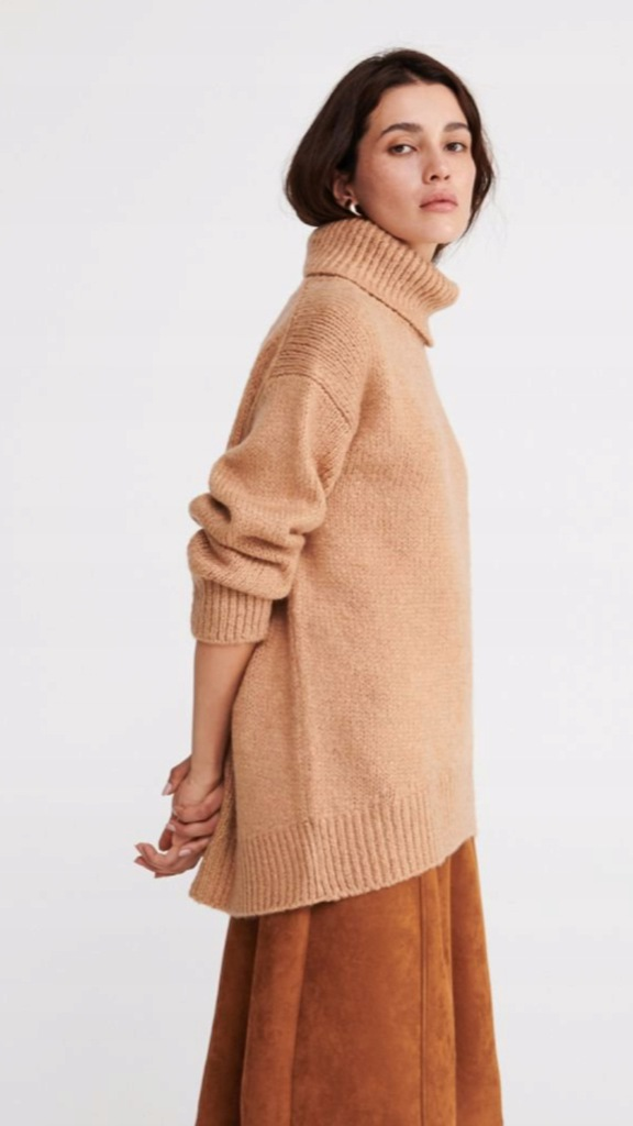 Reserved sweter camel S