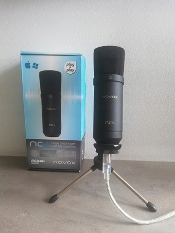 Mikrofon Novox nc-1 + trójnóg stan idealny