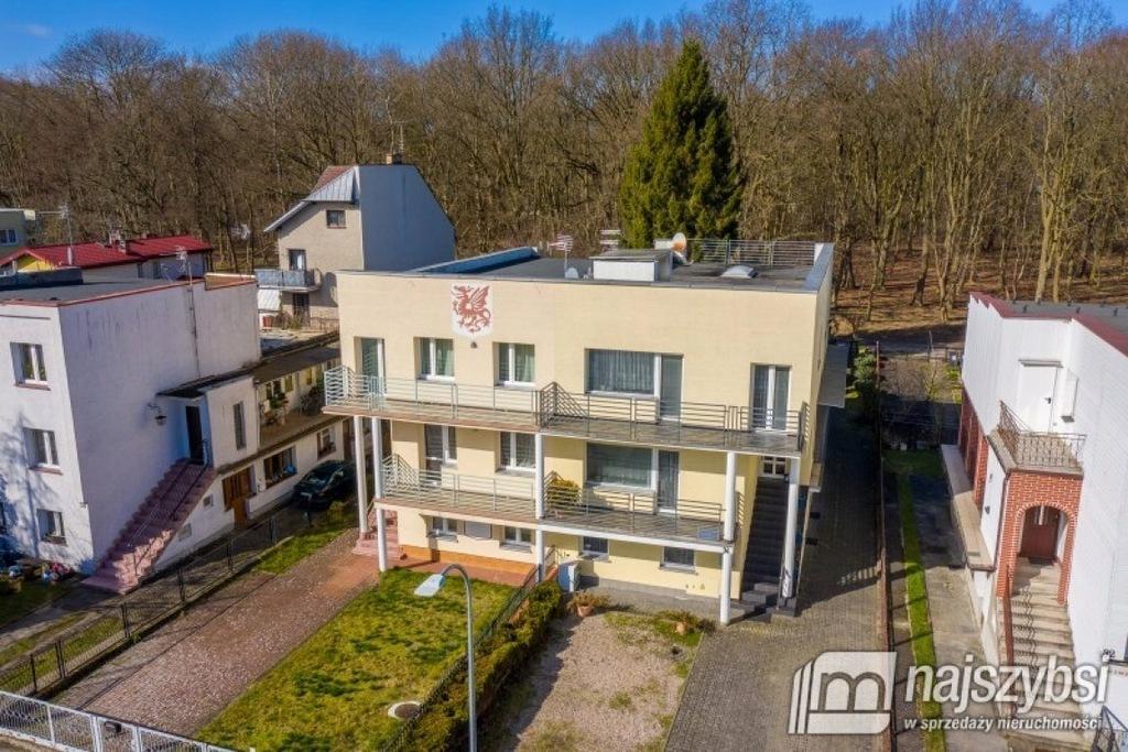 Dom, Kołobrzeg, Kołobrzeski (pow.), 300 m²