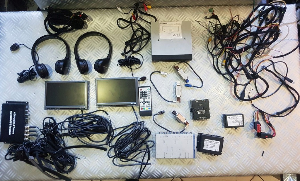 Monitory LCD ALPINE TME-M780 słuchawki TV DVB-T kp
