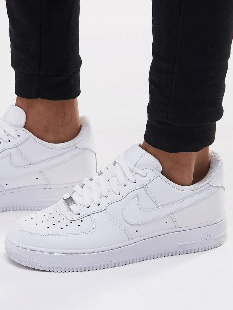 F1N003 NIKE__XCZ AIR FORCE 1 '07 TRAINERS__47,5