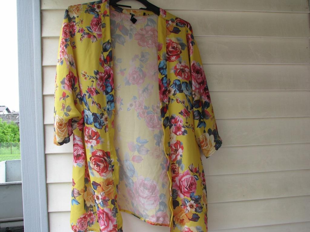 Narzutka kwiaty New Look 42 śliczna!!