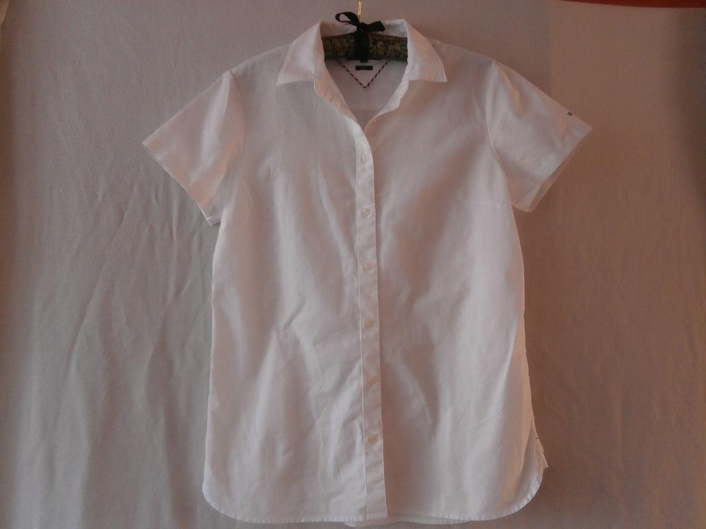 Tommy Hilfiger taliowana koszula z logo 10