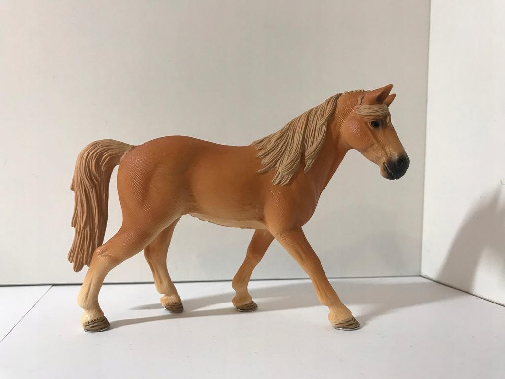 Kon Schleich Klacz Tennessee Walker Horse 2016 7803488356 Oficjalne Archiwum Allegro