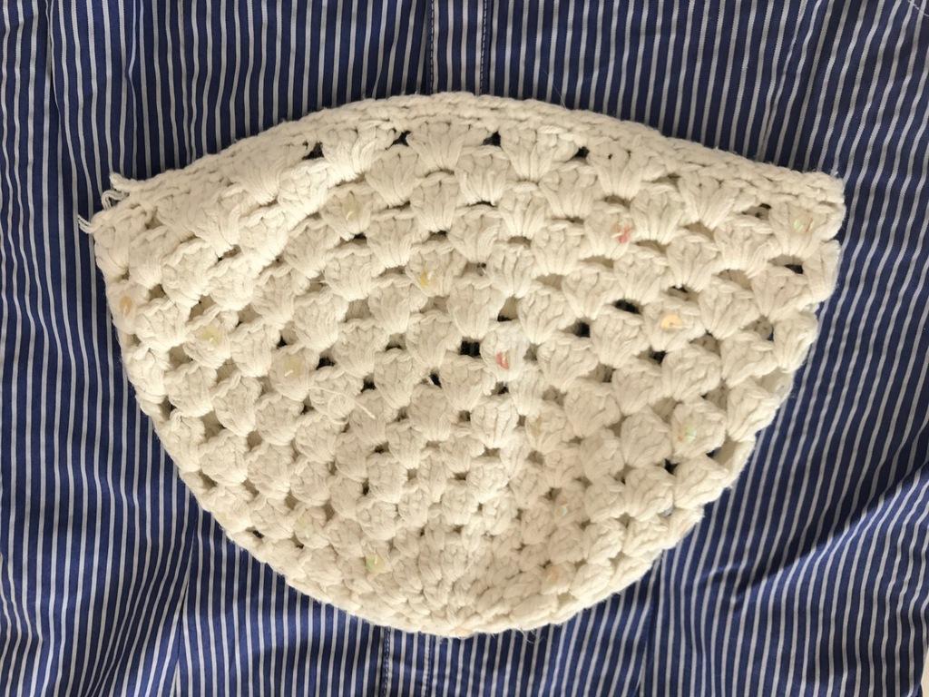 biała czapka ecru wzór vintage boho uniseks blog
