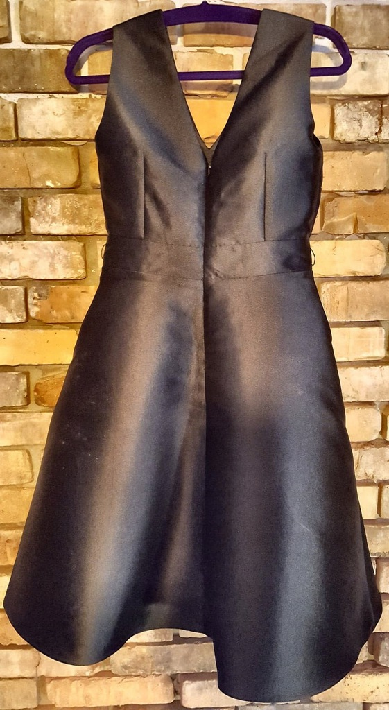 Wieczorowa rozkloszowana suknia - rozm. S / 36