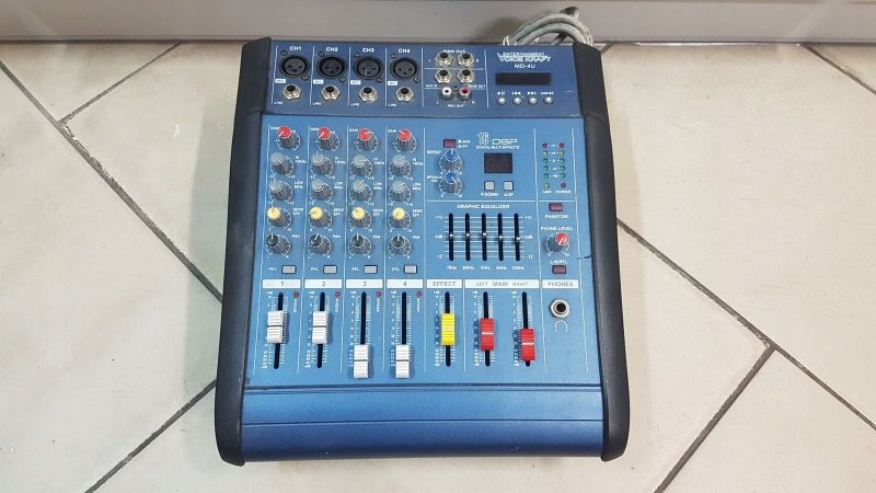 MIKSER DJ VOICE KRAFT MD-4U