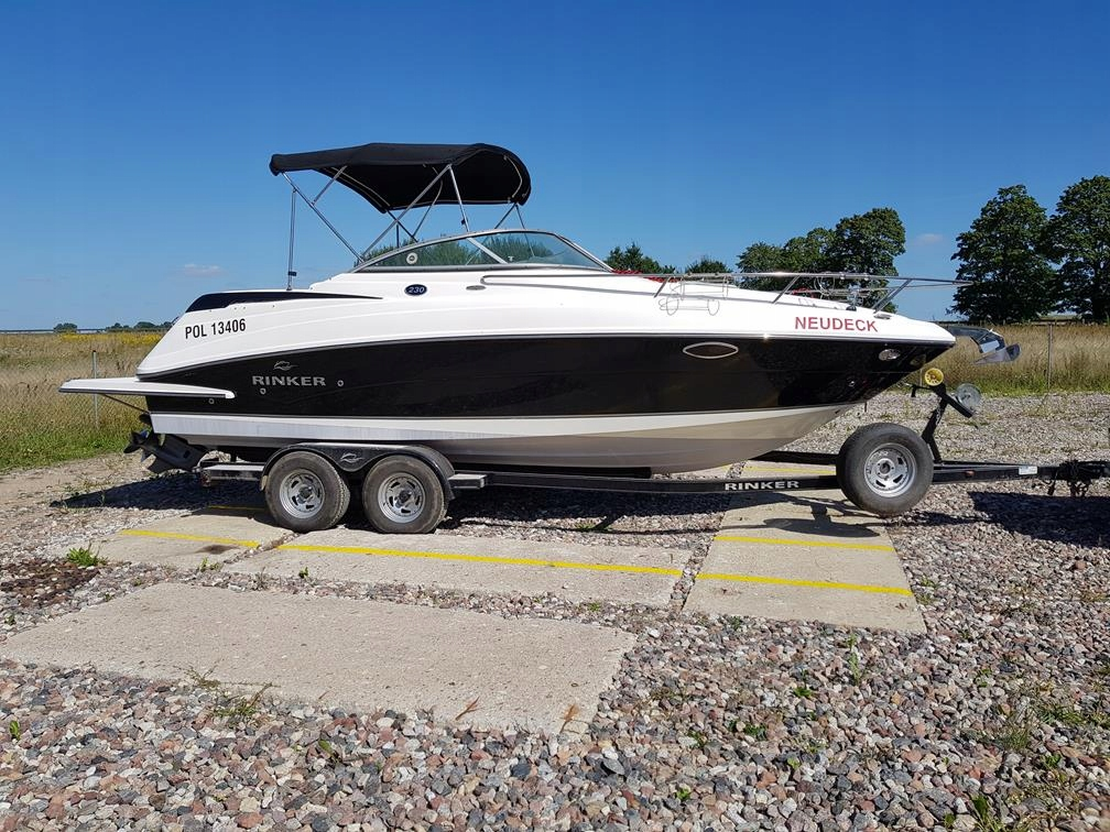 Rinker 230 EC, model 2012, stan bdb