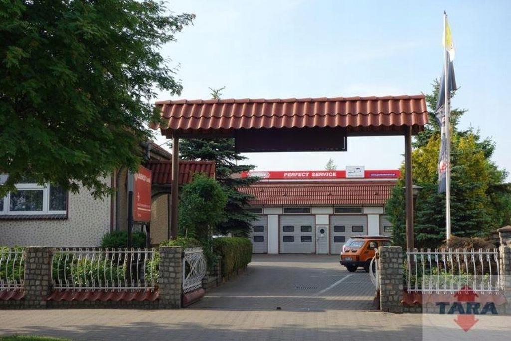 Komercyjne, Żnin, Żnin (gm.), 320 m²