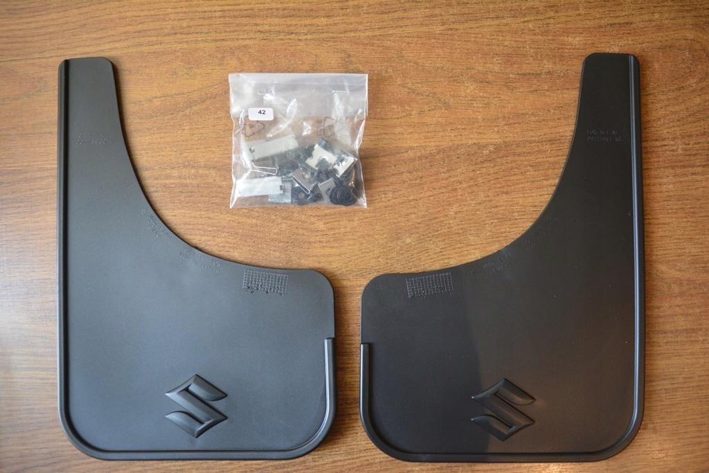 Suzuki SX4 chlapacze tylne 990E0-79J50-000