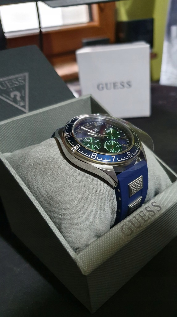 Zegarek Guess W1167G1