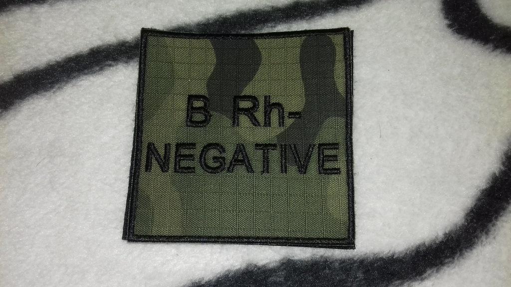 Naszywka grupa krwi wz 2010 ripstop z rzepem B Rh-